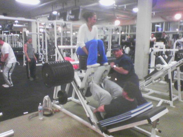 Jeff leg pressing 1400 lbs