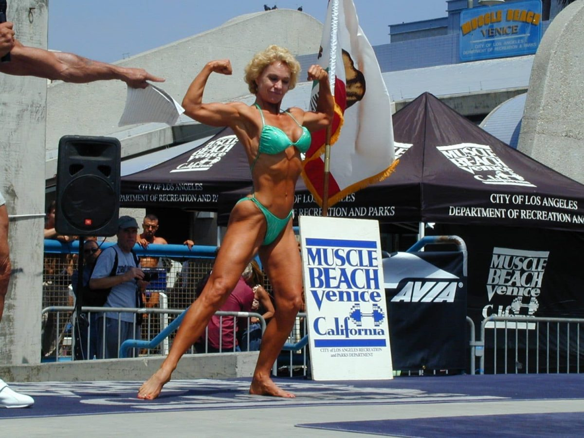 Muscle Beach womens bodybuildng Gale 1st place
